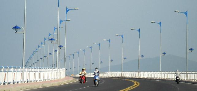 Cột đèn chiếu sáng các loại hàng đầu Việt Nam